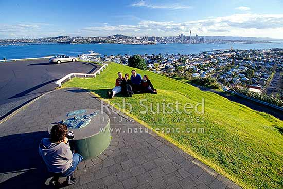 Tourists taking photos of Auckland City and Waitemata Harbour from Mount (Mt) Victoria, Auckland, Auckland City District, Auckland Region, New Zealand (NZ) stock photo.