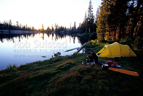 Hiking in Yosemite National Park. Camping at Sunrise Lakes as the sun sets. John Muir Trail, Yosemite National Park, USA, California District, California Region, United States of America stock photo.
