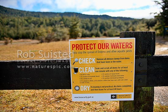 Sign warning people of invasive river algae Didymosphenia geminata, referred to didymo or rock snot. Biosecurity issue, Te Anau, Southland District, Southland Region, New Zealand (NZ) stock photo.