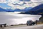 Motorists stopped at Lake Wakatipu