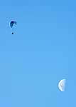 Parapenting over the moon