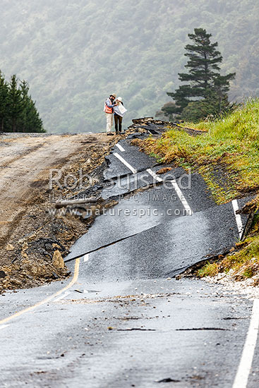 Papatea Fault uplift pushed SH1 highway up by over 4 metres. GNS earthquake scientists consider the rupture damage where the fault rupture has left significant changes. Kaikoura M7.8 earthquake, Waipapa Bay, Kaikoura District, Canterbury Region, New Zealand (NZ) stock photo.